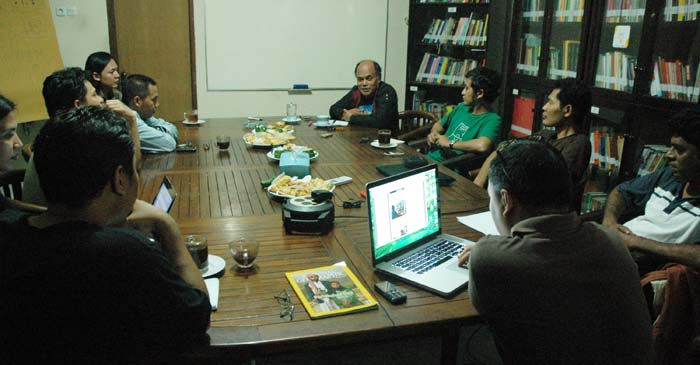 Diskusi Desantara: Komunitas Lokal, Krisis Ekologis dan Budaya